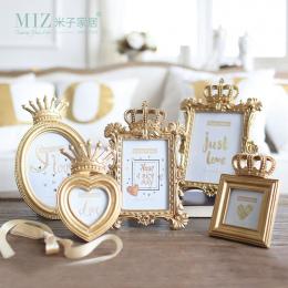 Miz Domu 1 Sztuka 5 Model Luksusowy Styl Barokowy Gold Crown Decor Żywica Kreatywny Pulpit Ramki Obrazu Ramka na zdjęcia Prezent