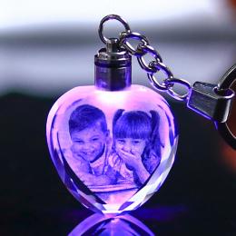 Custom Made Kryształ Ramka Na Zdjęcia Dziecka Prezent Kształt Serca Szkło Mini Ramka na zdjęcia DOPROWADZIŁY Światła kristallen