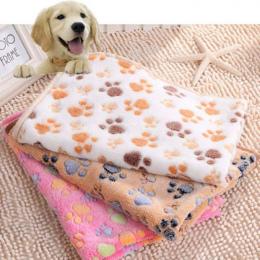Nowy Uroczy Pies Łóżko Maty Miękkie Flanelowe Polar Paw Foot Print ciepłe Pet Łóżka Koc Spania Pokrywa Mat Dla Małych i Średnich