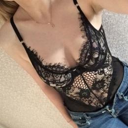 Sexy Lace Body Kobiety Skinny Kombinezon Czarny Lato Pajacyki kobiet Kombinezon Body Feminino Krótki Playsuit Kombinezony Siatki