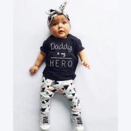 Lato Noworodka Baby Girl Ubrania Tata jest mój Hero Krótkim Rękawem T-shirt Topy + Spodnie + Pałąk Maluch Stroje zestaw