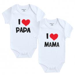 2 sztuk/partia Noworodka Ubrania Dla Dzieci Dziewczyna Z Krótkim Rękawem Chłopiec Odzież Kocham Papa Mama Projekt 100% Bawełna P