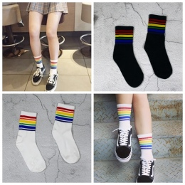 Harajuku Fajne Skateborad Krótki Fiuty Hipster Rainbow Skarpetki Art Kobiety Moda Biały Bawełniany Kreskówki Kolorowe Skarpetki
