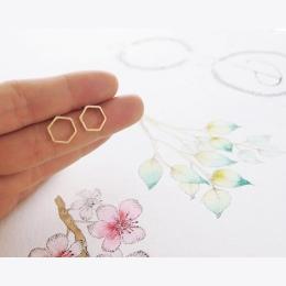 1 para Moda Hollow Linia Ula Hexagon Kolczyk Cut Out Hexagon Plastra Miodu Kolczyki Proste Eleganckie Geometria Kolczyki