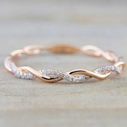 Okrągłe Pierścienie Dla Kobiet Cienkie Różowe Złoto Kolor Twist Rope Układania Obrączki Ze Stali Nierdzewnej bijoux