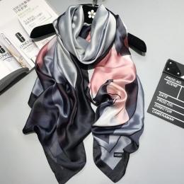 2018 luksusowa marka Kobiety Jedwabny szal Na Plaży Szal i Echarpe Luksusowy Wrap Projektant szale kobiet Plus Size plaża stole