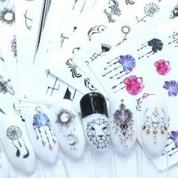 40 sztuk Paznokci Naklejki Wodne Kalkomanie Butterfly Floral Zwierząt Czarny Biały Geometria Suwak Manicure Nail Art Decoration