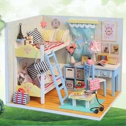 Małe DIY Dollhouse 3D Drewniane Mini Dom Lalki Realistyczne Handmade Miniatura Dollhouses Kit Zabawki dla Dzieci Dziewczyny Xmas