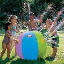 Nowy 75 cm Nadmuchiwane Spray Woda Ball Dla Dzieci Lato Na Zewnątrz Basen Plaża Basen Grać Trawnik Piłki Gry Smash to Zabawki