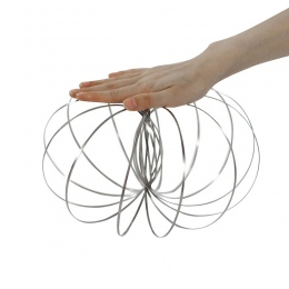 Magia Przepływu Arm Kinetic Pierścień Wiosna Zabawka 3D Rzeźby Pierścień Śmieszne Gry Na Zewnątrz