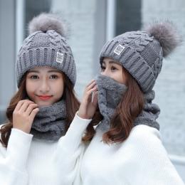 Dziewczyna Ciepłe Ski 2017 nowy marka Big Fur pom poms ball czapki Z Dzianiny szalik kapelusz Zimowy zestaw kobiety Beanie Kapel